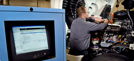 Keep your fleet moving with a comprehensive Penske maintenance program
